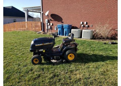 MTD Yard Machines Lawn Tractor